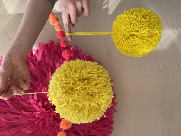 Jumbo yarn pom pom yellow small and medium