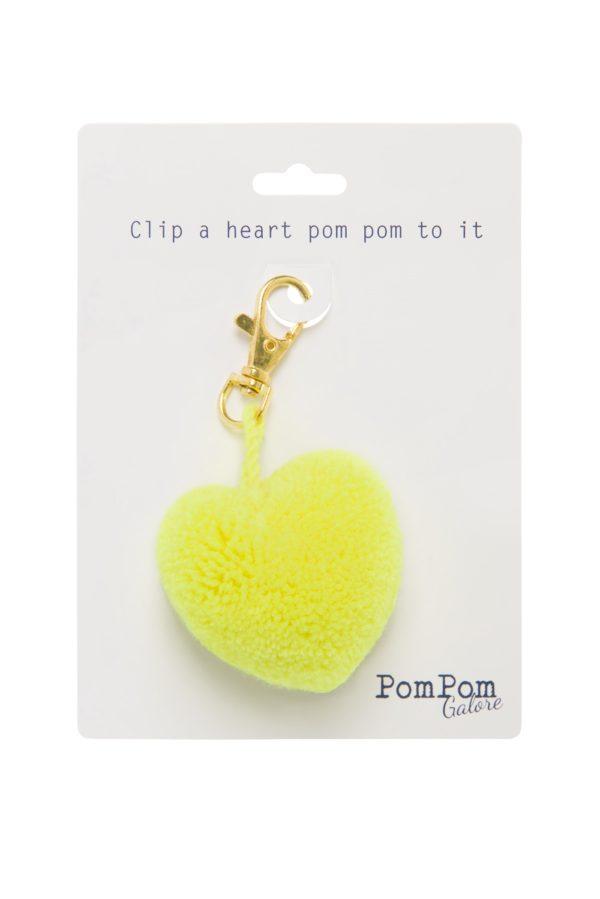 Pom Pom Heart Clip 2