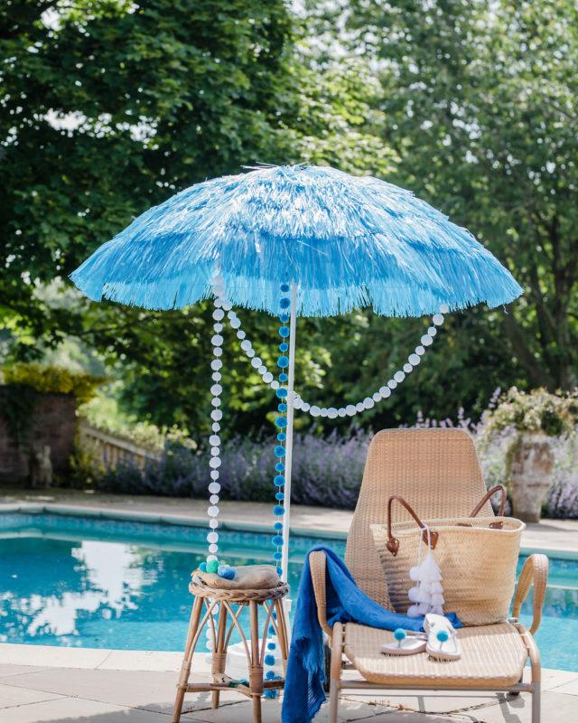 Pom Pom Garlands White Summer Time